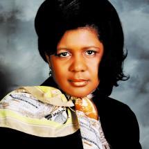 Dra. Grover, elegida como la nueva superintendente de las Escuelas Públicas de Grand Island